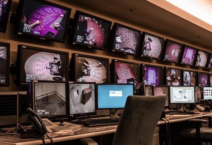 casino poker cheating monitoring room