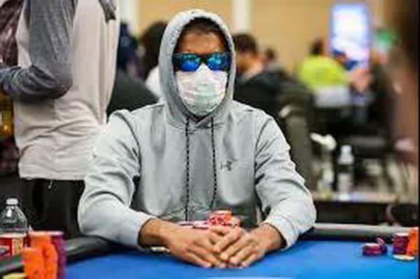 Masks prevail in poker games